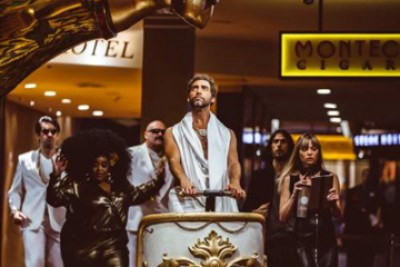 CAESARS PALACE LAUNCHES DYNAMIC BRAND CAMPAIGN, LIKE A CAESAR, WITH SHARABLE VIDEO AND ROOM PACKAGE